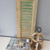 Stoer sober oud houten luik 2